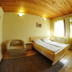 Eco House Family Hotel Чепеларе комната для гостей