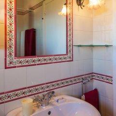 Отель Casa Da Pedra Португалия, Амаранте - отзывы, цены и фото номеров - забронировать отель Casa Da Pedra онлайн ванная фото 2