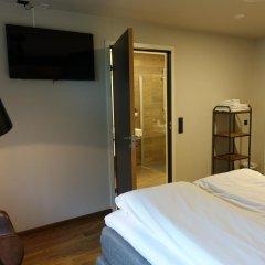 Trolltunga Hotel 2* Стандартный семейный номер с двуспальной кроватью