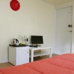 Отель Patio 59 Hongdae Guesthouse 2* Стандартный номер с различными типами кроватей фото 9
