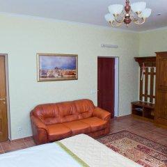 Гостиница Усадьба 4* Классический семейный номер с различными типами кроватей фото 8