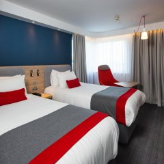 Отель Holiday Inn Express Glasgow Airport 3* Стандартный номер фото 2