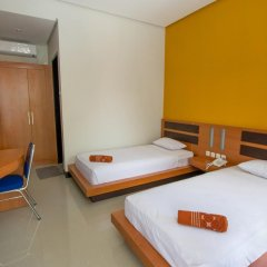 New Melati Hotel in Gorontalo, Indonesia from 14$, photos, reviews - zenhotels.com guestroom photo 2