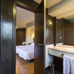 Отель Río Bidasoa Испания, Фуэнтеррабиа - отзывы, цены и фото номеров - забронировать отель Río Bidasoa онлайн ванная