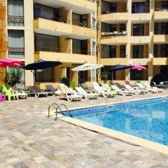 Отель Complex Sands Holiday Apartments Болгария, Солнечный берег - отзывы, цены и фото номеров - забронировать отель Complex Sands Holiday Apartments онлайн бассейн