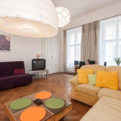 Апартаменты Franz Kafka Apartment комната для гостей