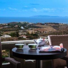 Отель Happy Cretan Suites Люкс с различными типами кроватей фото 12