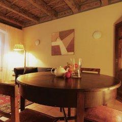 Отель Vlasska House At the 3 Swallows Чехия, Прага - отзывы, цены и фото номеров - забронировать отель Vlasska House At the 3 Swallows онлайн в номере фото 2