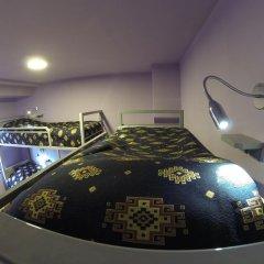 Хостел Vagary Кровать в общем номере с двухъярусной кроватью фото 3