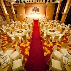 The Hanoi Club Hotel & Lake Palais Residences фото 2