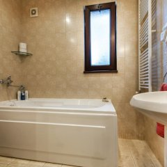 Отель Pirin Chalet Болгария, Банско - отзывы, цены и фото номеров - забронировать отель Pirin Chalet онлайн ванная