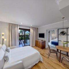 Отель The St. Regis Mardavall Mallorca Resort 5* Номер Делюкс с различными типами кроватей фото 5