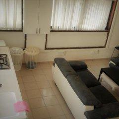 Отель German Colony Guest House Кровать в общем номере фото 2