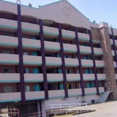 Отель Relax Inn Downtown Vicksburg балкон