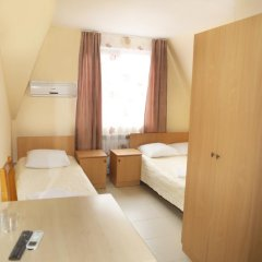 Гостевой Дом Натали Номер Комфорт с различными типами кроватей фото 9