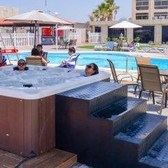Отель Ajman Beach Аджман бассейн фото 3