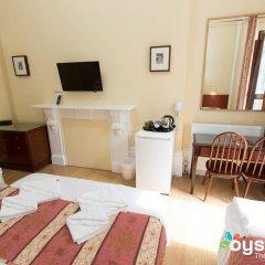 Dolphin Hotel 3* Стандартный семейный номер с двуспальной кроватью фото 20