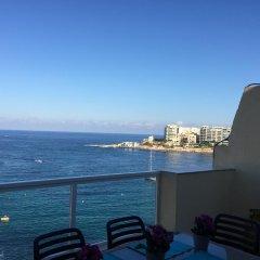Отель Saint Julian's - Sea View Apartments Мальта, Сан Джулианс - отзывы, цены и фото номеров - забронировать отель Saint Julian's - Sea View Apartments онлайн пляж