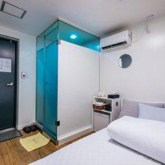Отель 24 Guesthouse Myeongdong Center 2* Номер категории Эконом с различными типами кроватей фото 3