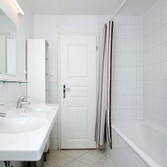 Отель Taurus 14 Чехия, Прага - отзывы, цены и фото номеров - забронировать отель Taurus 14 онлайн ванная