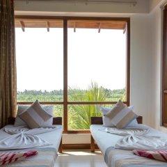 The Coconut Garden Hotel & Restaurant комната для гостей фото 2