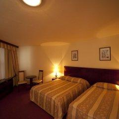 Hotel Holiday Zagreb 3* Стандартный номер с 2 отдельными кроватями фото 5