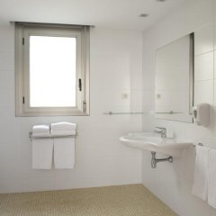 Отель Aura Park Fira Barcelona Апартаменты Премиум с различными типами кроватей фото 25