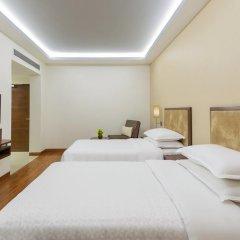 Отель Four Points by Sheraton New Delhi, Airport Highway 4* Номер Комфорт с различными типами кроватей фото 2