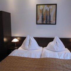 Отель Royal Plaza 3* Стандартный номер с двуспальной кроватью фото 3