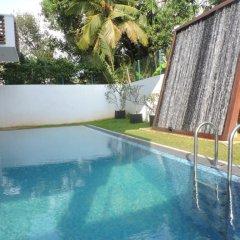 Отель Binnacle Negombo бассейн фото 3