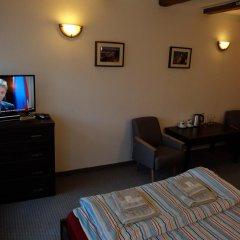 Отель Academus - Cafe/Pub & Guest House интерьер отеля