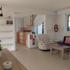 Отель Nure Villas Mar y Mar Испания, Кала-эн-Бланес - отзывы, цены и фото номеров - забронировать отель Nure Villas Mar y Mar онлайн комната для гостей фото 3