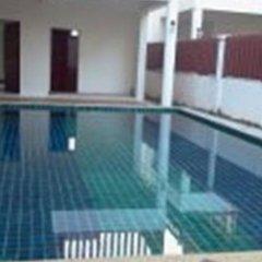 Отель Kanda Homestay бассейн