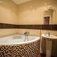 Отель Jewish Synagogue Ruterra Suite ванная