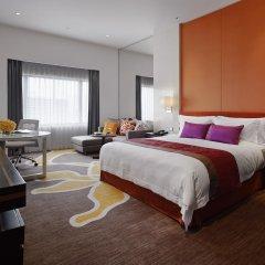 Отель Crowne Plaza Lumpini Park Бангкок комната для гостей фото 5