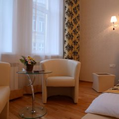 Гостиница Lviv Tour Apartments Украина, Львов - отзывы, цены и фото номеров - забронировать гостиницу Lviv Tour Apartments онлайн комната для гостей