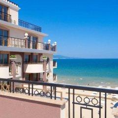 Отель Golden Rainbow Beach Aparthotel Солнечный берег пляж