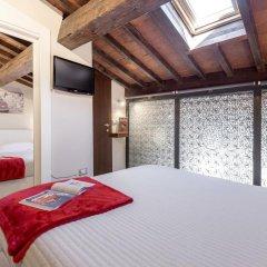 Отель Home Boutique Santa Maria Novella 3* Представительский номер с различными типами кроватей фото 9