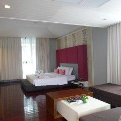 Отель Z Through By The Zign 5* Номер Делюкс с различными типами кроватей