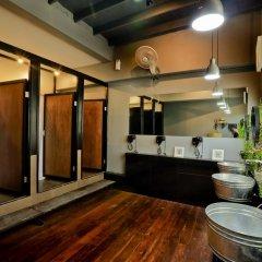 Отель Bangkok Bed And Bike Стандартный номер фото 6