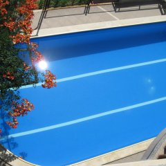 Hotel Continental - Half Board бассейн