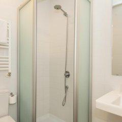 Отель Hostal Benidorm Номер категории Эконом с различными типами кроватей фото 5