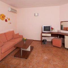 Отель Sunny Flower Hotel Болгария, Солнечный берег - отзывы, цены и фото номеров - забронировать отель Sunny Flower Hotel онлайн комната для гостей