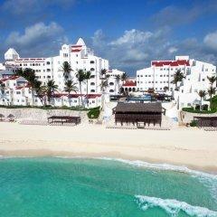 Отель GR Caribe Deluxe By Solaris - Все включено Мексика, Канкун - 8 отзывов об отеле, цены и фото номеров - забронировать отель GR Caribe Deluxe By Solaris - Все включено онлайн пляж фото 4