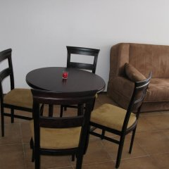 Апартаменты Krasi Apartments in Zornitsa Complex Чепеларе комната для гостей фото 5