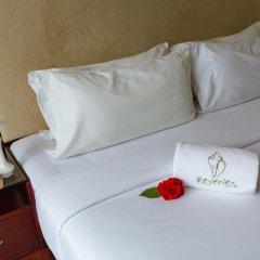 Отель Reveries Diving Village, Maldives 3* Номер Делюкс с различными типами кроватей фото 3