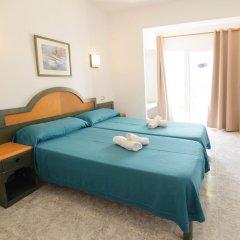 Отель Hostal Rosalia Стандартный номер с различными типами кроватей фото 3