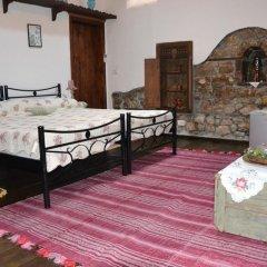 Отель Bujtina Kodiket Guesthouse Номер Комфорт с различными типами кроватей фото 3