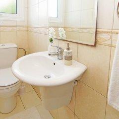 Отель Villa Jenna Кипр, Протарас - отзывы, цены и фото номеров - забронировать отель Villa Jenna онлайн ванная