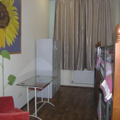 Хостел Радужный Кровать в общем номере двухъярусные кровати фото 4